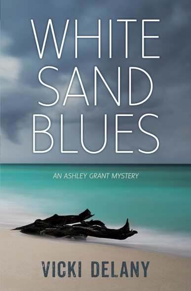 White Sand Blues : An Ashley Grant Mystery