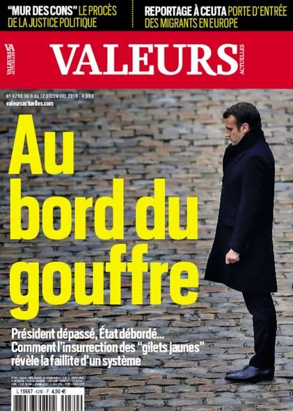 Valeurs Actuelles - Décembre 2018 - Au bord du gouffre