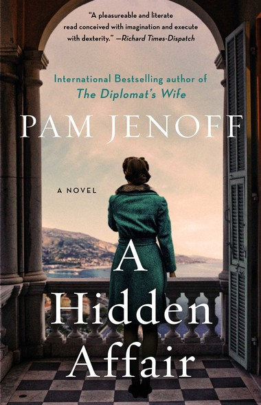 A Hidden Affair : A Novel