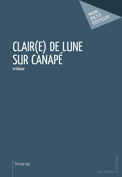Clair(e) de lune sur canapé